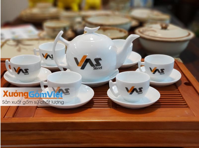 Báo giá ấm chén in logo mới nhất từ Xưởng Gốm Việt